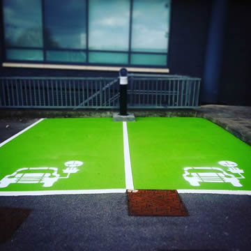 Electric Vehicle Bay Painting Company in Bracknell